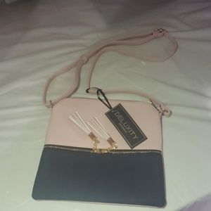 NWT! Deluxity Crossbody purse pink blue and gold